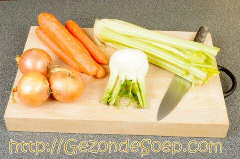 Groentebouillon maken